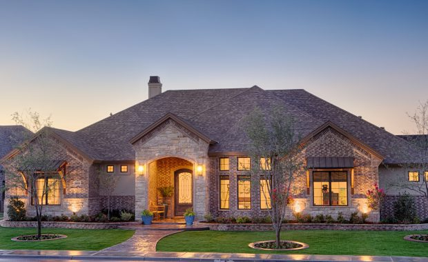 Featured 2012 Luxury Custom Home By Mike Becknal & Company